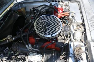 File:GM 400ci engine in 1975 Avanti IIjpg  Wikimedia Commons