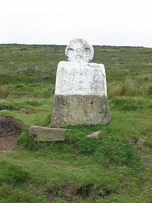 English: White Cross, Rosedale. White Cross is...