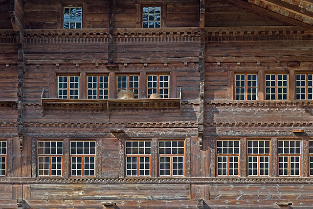 Erlenbach im Simmental, Agensteinhaus, Fassadendetail