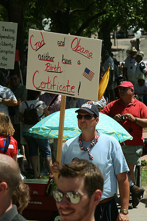 English: Anti-Obama protester at an Austin, Te...