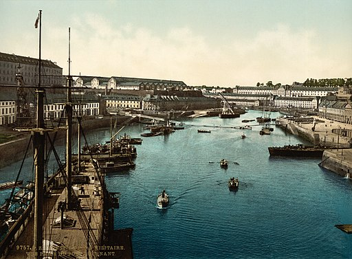 Flickr - …trialsanderrors - Port Militaire from swing bridge, Brest, France, ca. 1895