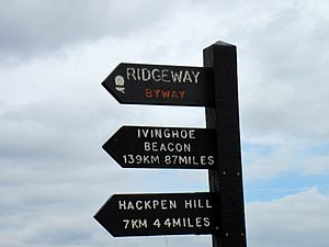 English: Plaswood signpost at Overton Hill Wil...