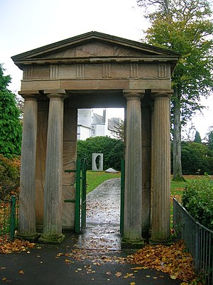 The portico from the demolished Ibroxhill Hous...