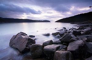 English: Fortesque Bay, Sunrise, Tasman Penins...