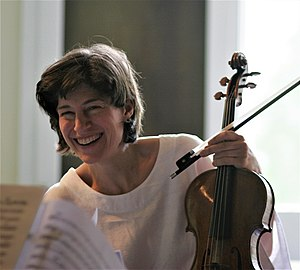 Violist Kim Kashkashian during a rehearsal in ...