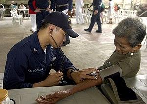 US Navy 070213-N-4399G-072 Hospital Corpsman 3...