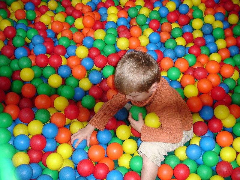 Archivo:David playing.jpg