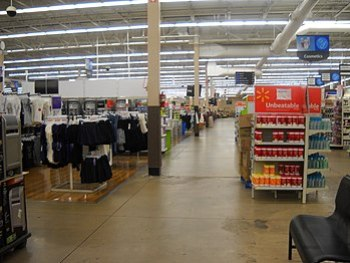 English: Inside the Walmart (still branded as ...