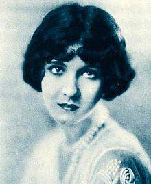 Julanne Johnston - Wikipedia, the free encyclopedia
