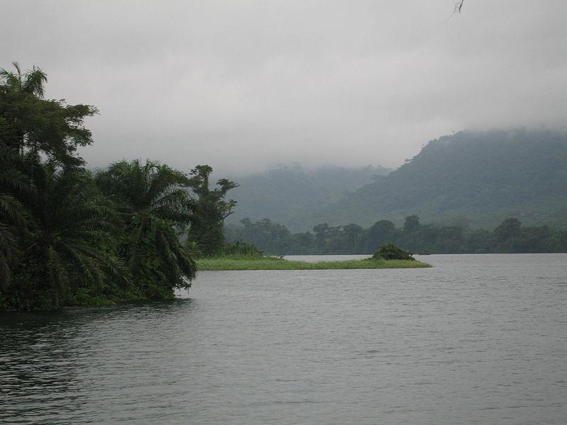 File:Lake Volta Ghana.jpg