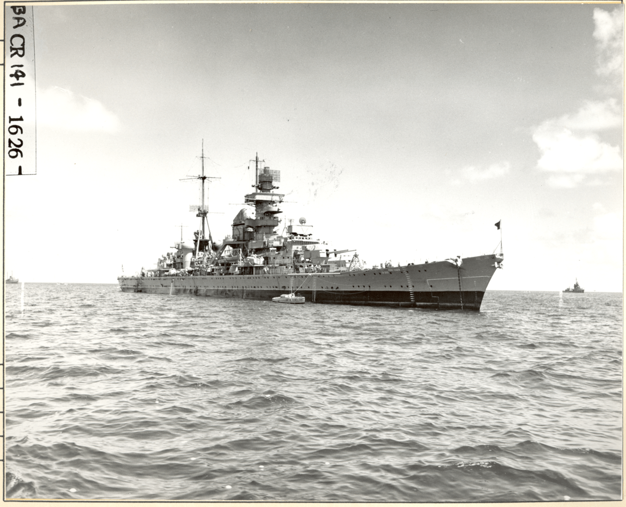 https://i1.wp.com/upload.wikimedia.org/wikipedia/commons/thumb/1/1f/USS_Prinz_Eugen_%28IX_300%29_at_sea_during_Operation_%22Crossroads%22._%C2%BE_view_STBD_forward._-_NARA_-_80-G-627445.tif/lossless-page1-1263px-USS_Prinz_Eugen_%28IX_300%29_at_sea_during_Operation_%22Crossroads%22._%C2%BE_view_STBD_forward._-_NARA_-_80-G-627445.tif.png