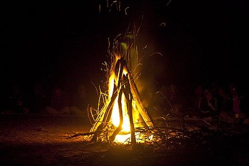 29RCCMAK - Campfire at base camp Susunia Hill