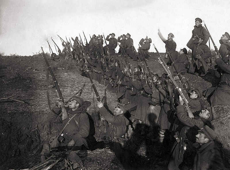 Bulgarian soldiers in position to fire against an incoming airplane, World War I.