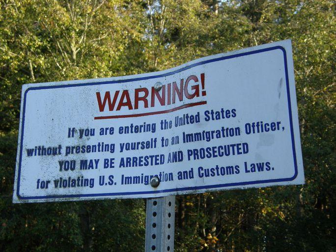 US-border-notice