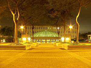 Love Library at San Diego State University in ...
