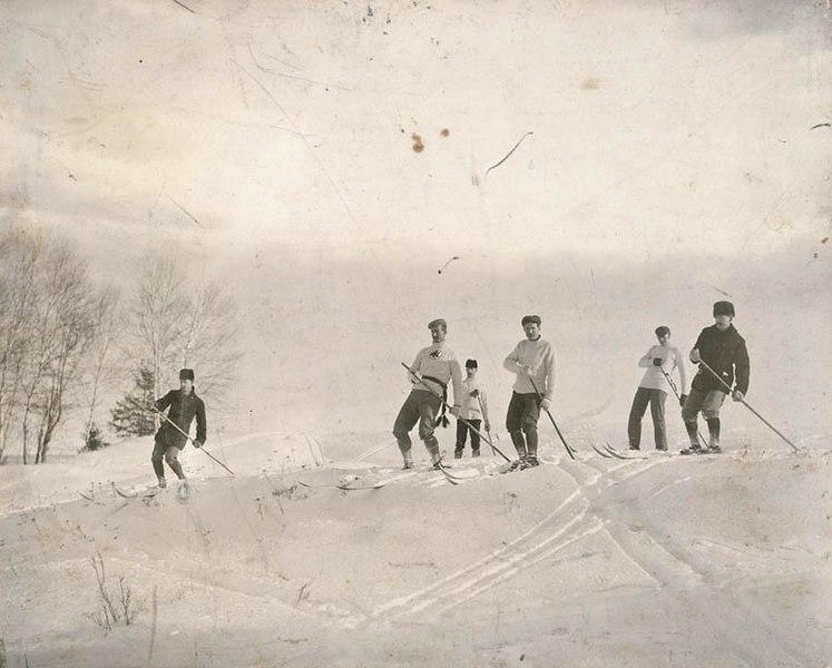 Skiing 1887.jpg