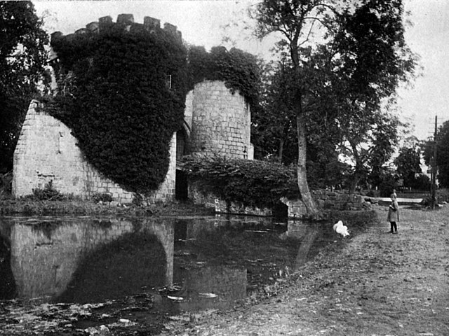 File:Whittington Castle 1910.jpg - Wikimedia Commons