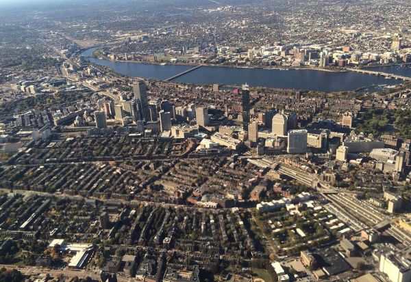 File:Boston high spine aerial view, October 2015.jpg ...