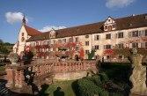 Datei:Rosengarten des Kloster Bronnbach.jpg – Wikipedia