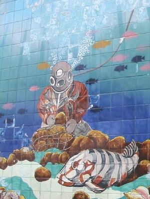 This mural in Tarpon Springs illustrates the s...