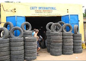 English: Looking for tyres of the right size
