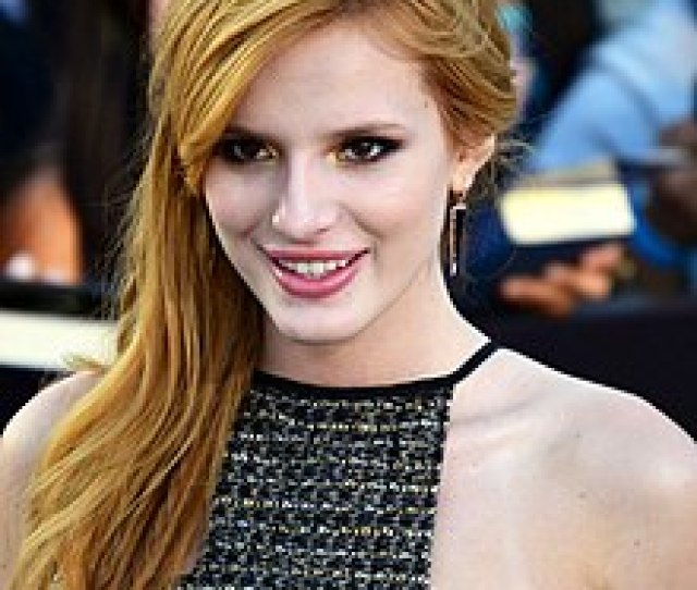 Bella Thorne March   Cropped Jpg