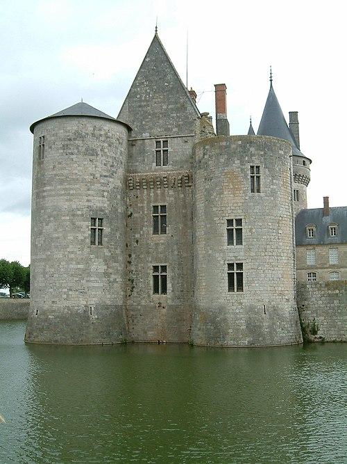 Château Sully sur Loire3