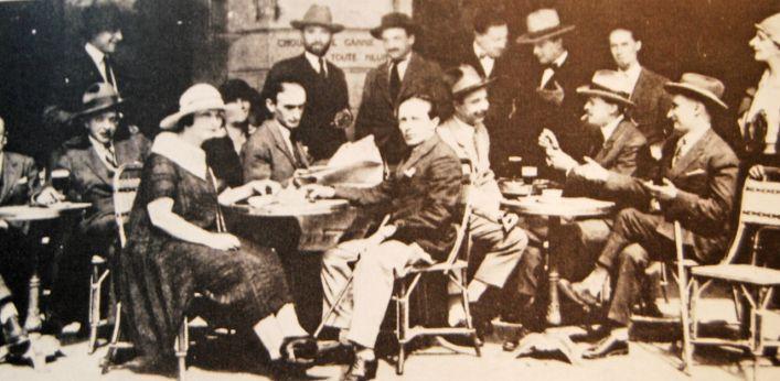cafe scene Paris 1924