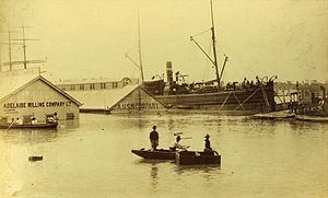 English: Wharves at Brisbane under water from ...