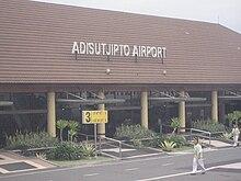 Adisutjipto airport.JPG
