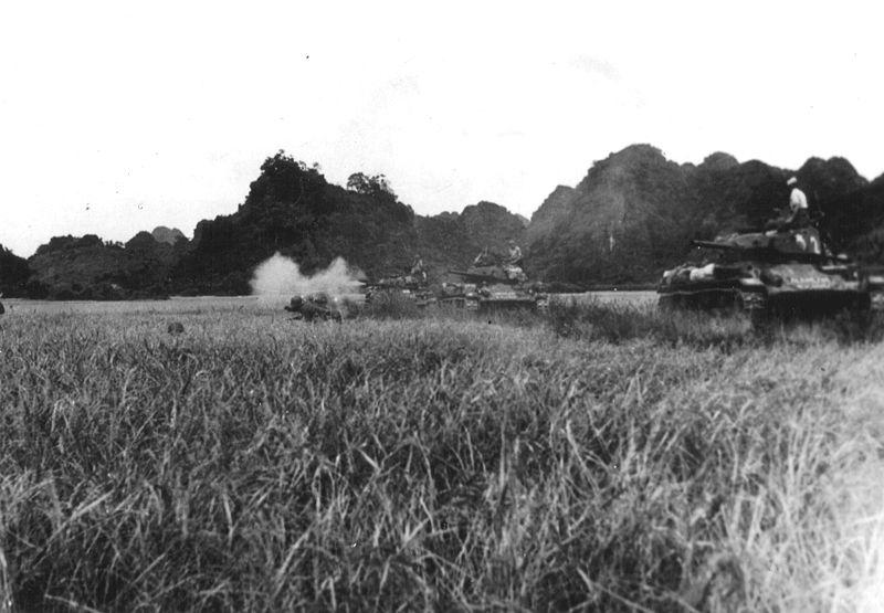 File:French M24s atr Dien Bien Phu.jpg