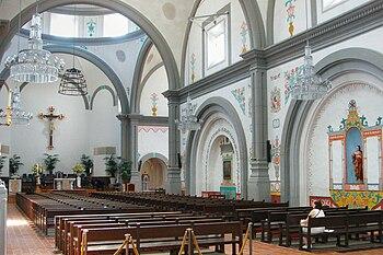English: San Juan Capistrano Basilica, CA Pols...