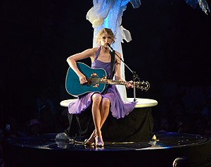 English: Taylor Swift performing live on Speak...