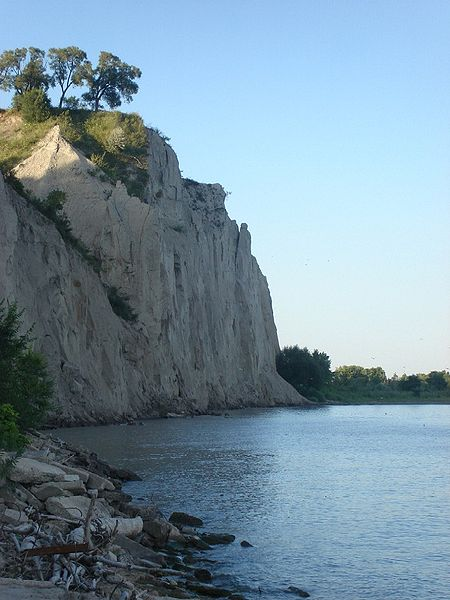 File:ScarboroughBluffs10.jpg