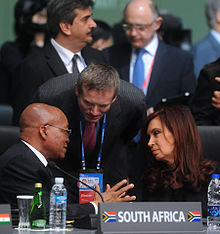 Argentinean President Cristina Fernández and South African President Zuma in discussion