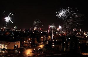 English: Fireworks over Reykjavik on New Year'...