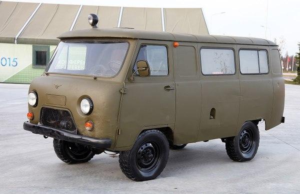 UAZ-452 - Wikipedia