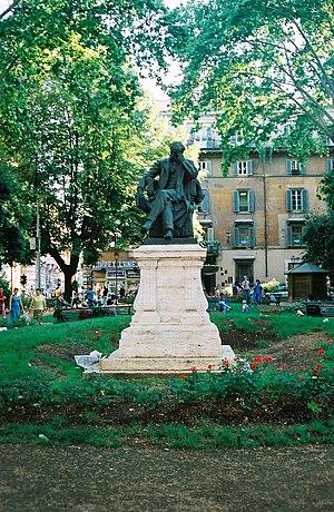 Monumento al capo del Governo italiano Benedet...