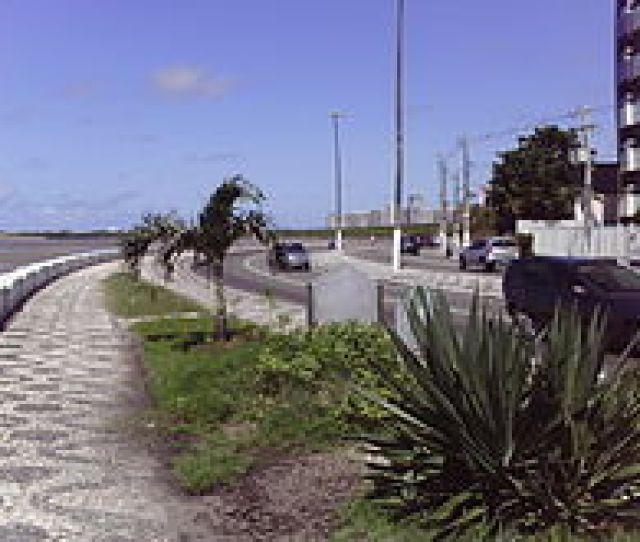 Avenida Beira Mar Trecho Conhecido Como Curva Do Iate Praia 13 De Julho Aracaju Se 2011