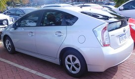 2015 Toyota Prius (ZVW30R) Hybrid liftback (2016-06-11) 02