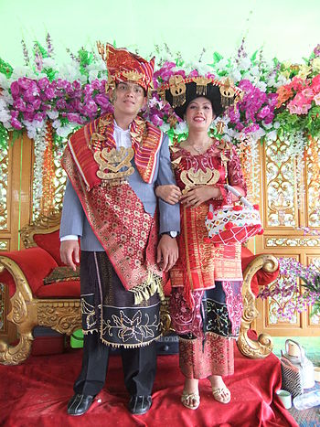 English: Karo wedding, the married couple