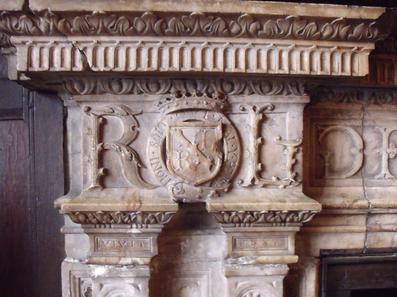 File:Kenilworth fireplace.jpg