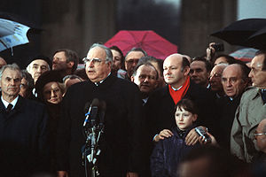 Helmut Kohl after the fall of the Berlin Wall ...