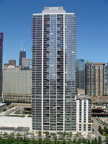 English: The Tides building in Lakeshore East,...