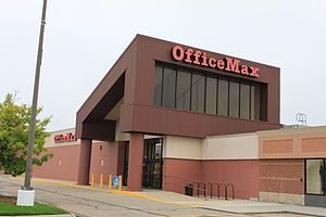 English: OfficeMax store, 3765 Washtenaw Avenu...