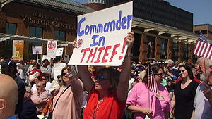 Protestors at the Philadelphia Tea Party on Ap...