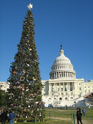 English: United States Capitol with Christmas ...