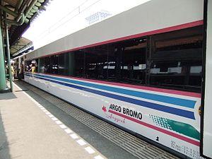 Bahasa Indonesia: Argo Bromo Anggrek Siang