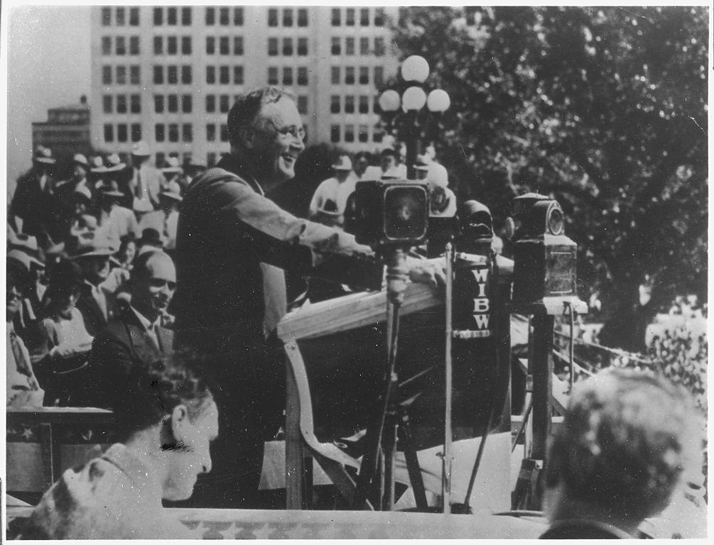 File Franklin D Roosevelt In Topeka Kansas Nara