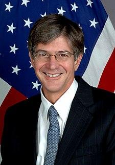 https://i1.wp.com/upload.wikimedia.org/wikipedia/commons/thumb/2/2a/Jim_Steinberg.jpg/225px-Jim_Steinberg.jpg